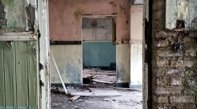 Why are there so many abandoned School Houses scattered across the rural Irish landscape? (Heritage Week 2016 Series)