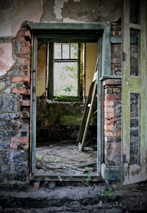 Rathmullan National School, Co. Sligo - crumbling doorway